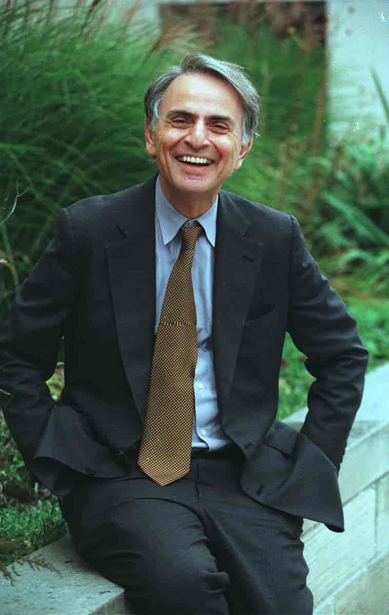 SOURCE: https://snl.no/Carl_Sagan<br />Carl Sagan (1994)<br /><br />https://creativecommons.org/licenses/by/2.0/deed.no